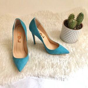 Shoes - Size 6 Sky Blue Suede Stiletto Pump